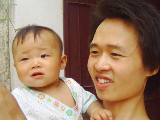 九个月宝宝肺炎低烧