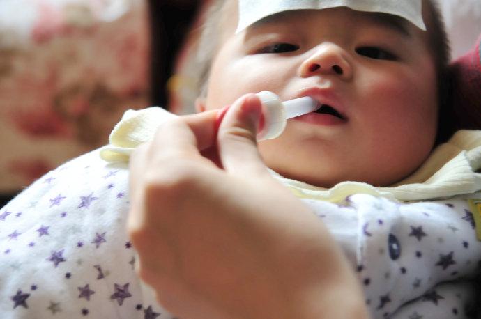 8个月宝宝发烧_8个月宝宝发烧怎么办