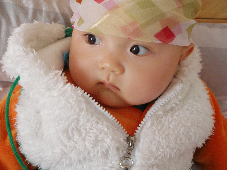 宝宝身上起红疙瘩_孕妇身上起红疙瘩_身上起