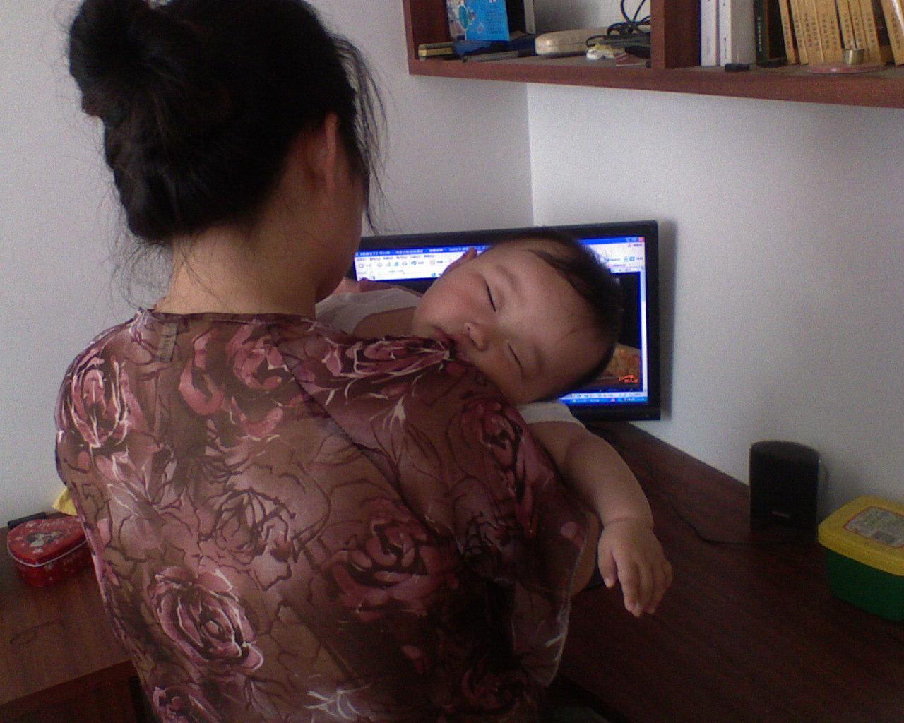 宝宝的可爱睡姿