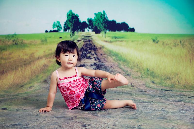 上首页 小雪儿在格林童趣儿童摄影拍摄的新片 三